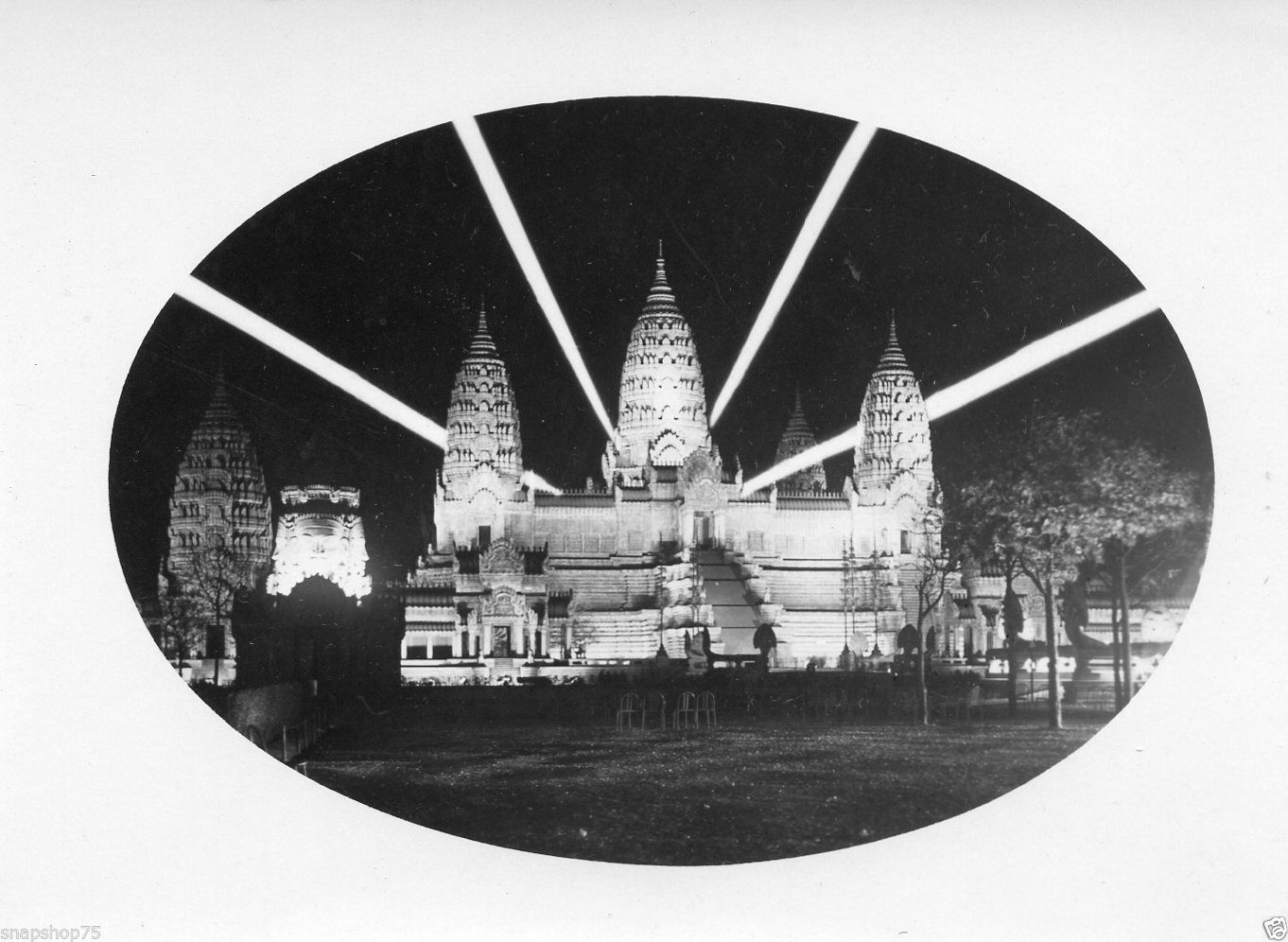 AF178-Photo-anonyme-exposition-coloniale-1931-nuit-night-light-lumieres-Angkor